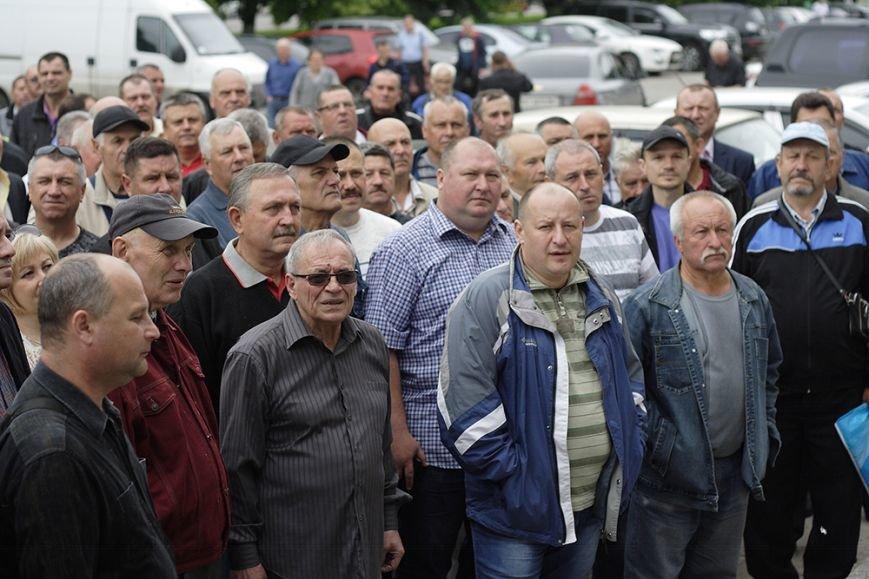 Біля Полтавської ОДА відбулося одразу два пікета, фото-1