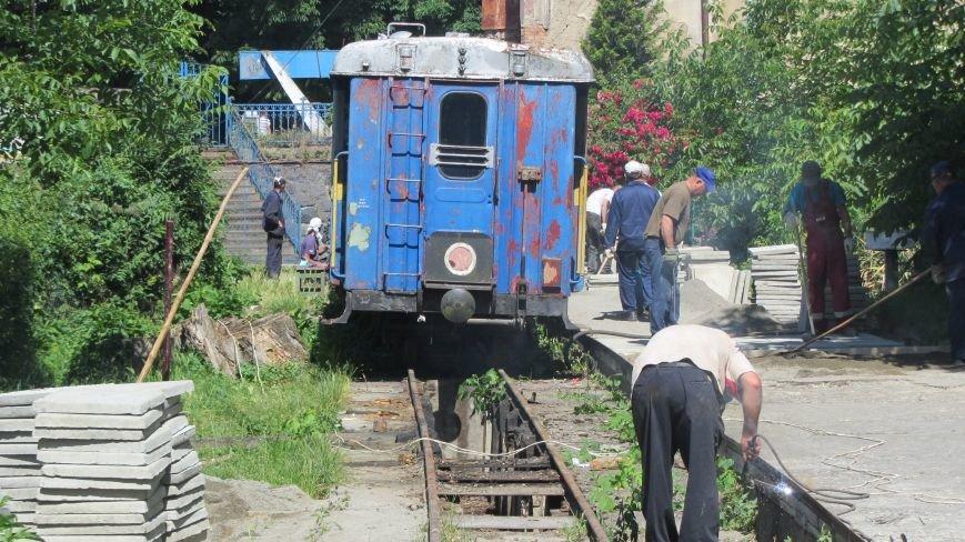 Новий тепловоз дитячої залізниці – вже на березі Ужа: фото, фото-3