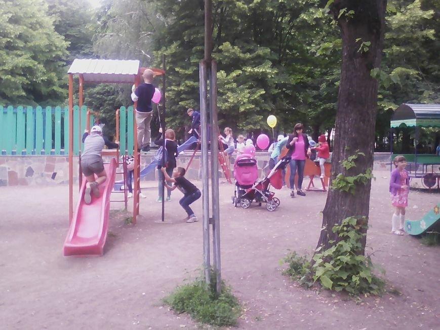 Новоград-волинці святкують Міжнародний день захисту дітей (ФОТО, ВІДЕО), фото-5