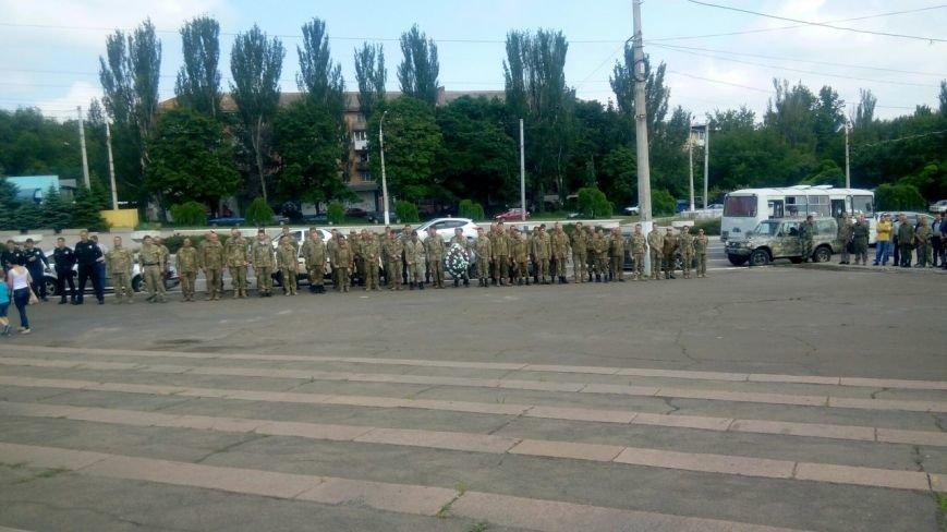 В Мариуполе попрощались с тремя солдатами, погибшими под минометным огнем боевиков (ФОТО+ВИДЕО), фото-3