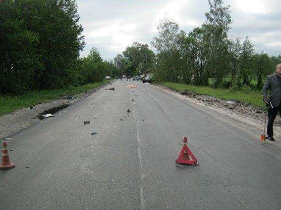 На Черниговщине в ДТП погибло трое человек, еще четверо – госпитализированы, фото-1
