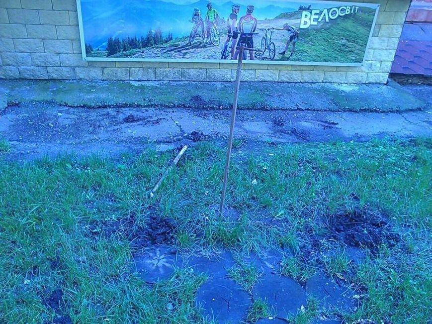 Вандалы уничтожили знаменитый в Чернигове желтый велосипед, фото-2