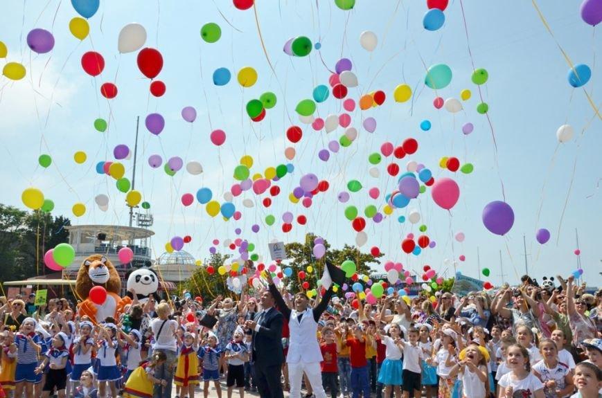 Ялта_01.06.16_В Ялте, впервые в Крыму, прошёл «Парад дошколят» (36)