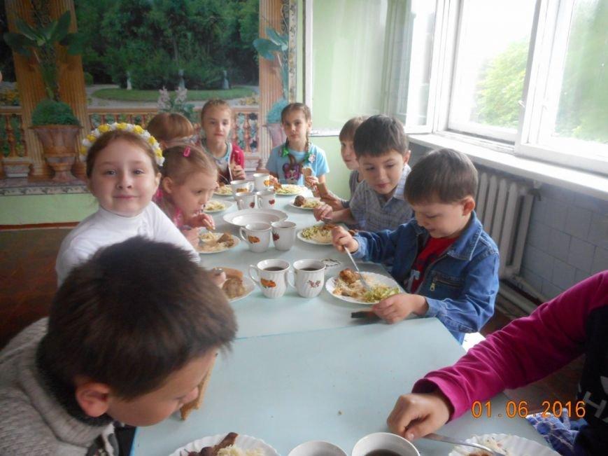 """Настоящий праздник для малышни организовал пришкольный лагерь """"Радуга"""", фото-4"""