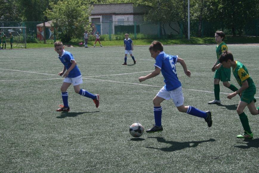 Первенство Москвы по футболу (высшая лига) провели на Троицком стадионе, фото-7