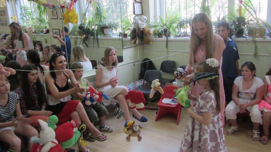 Закарпатський УКРОП завітав з подарунками у родинний будинок «Нова сім'я», фото-1