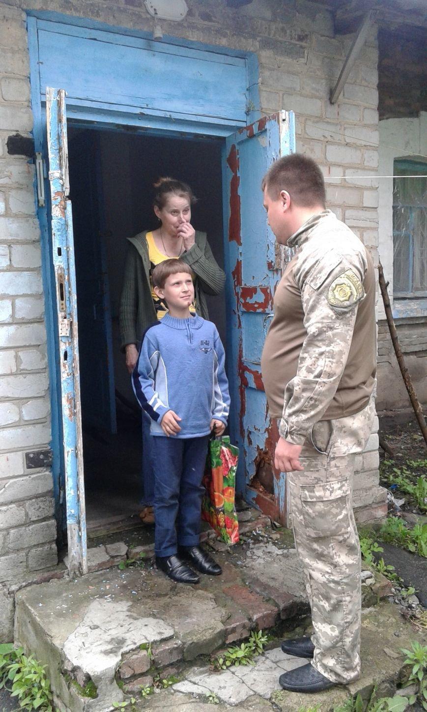 Авдеевские ребята получили подарки от полицейских (ФОТО), фото-4