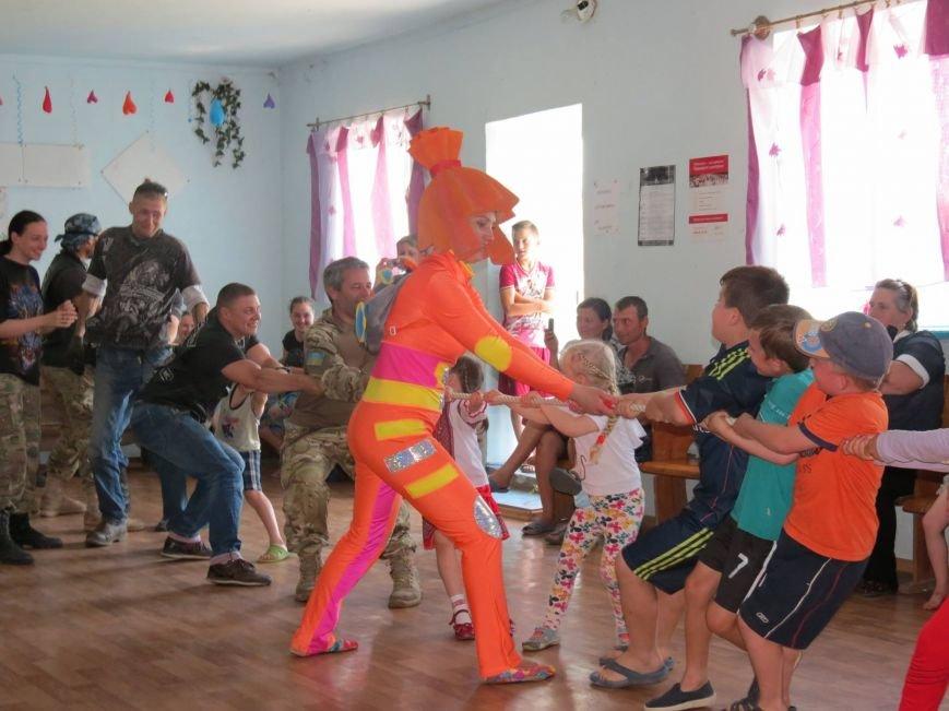 """Херсонские байкеры и волонтеры устроили """"игрушечный мотопробег"""" (фото), фото-2"""