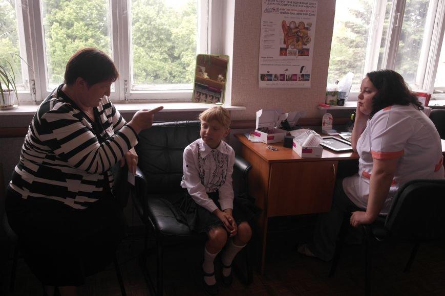Мечты сбываются: малышка из Покровского района получила слуховые аппараты, фото-5