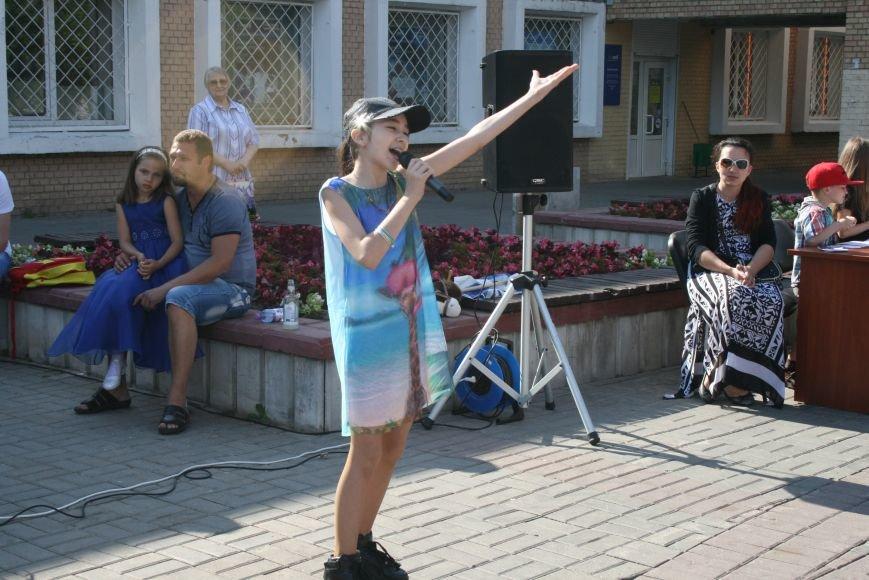 В Троицке прошёл флешмоб с запуском воздушных шаров, фото-2