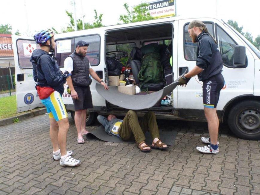100 тыс. км за 100 дней: участники благотворительного велопробега, организованного жителем Херсонщины, уже в Германии (фото), фото-2