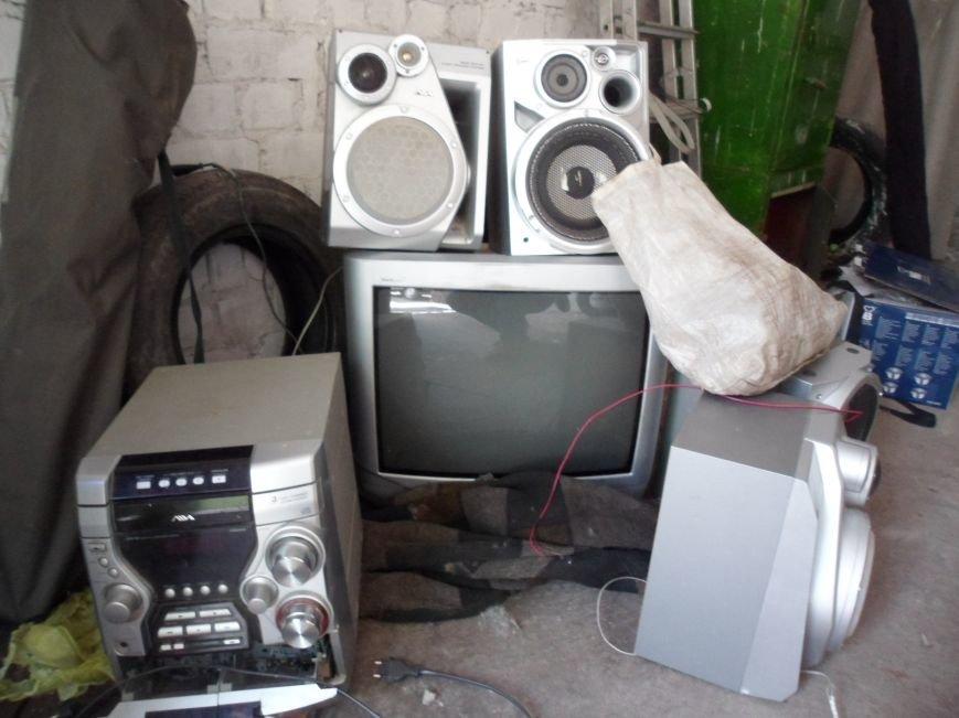 В Каменском при раскрытии краж из домовладений обнаружили плантацию конопли, фото-3