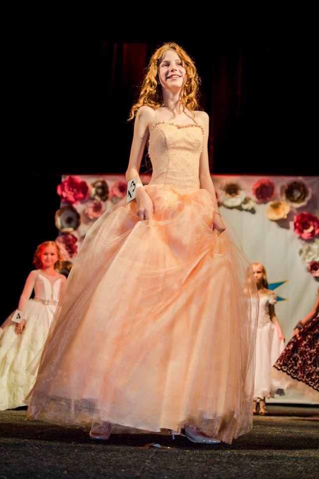 Як в Ужгороді обирали найгарнішу дівчинку Закарпаття: фото, фото-3