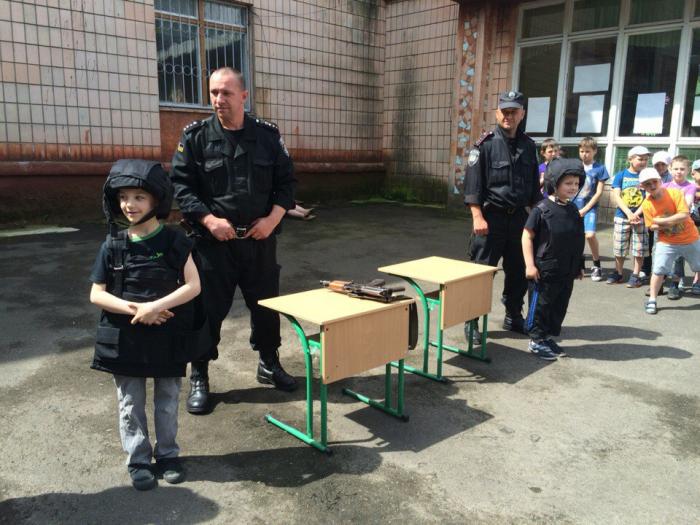 У Рівному дітям розповіли про професію проліцейського, фото-1