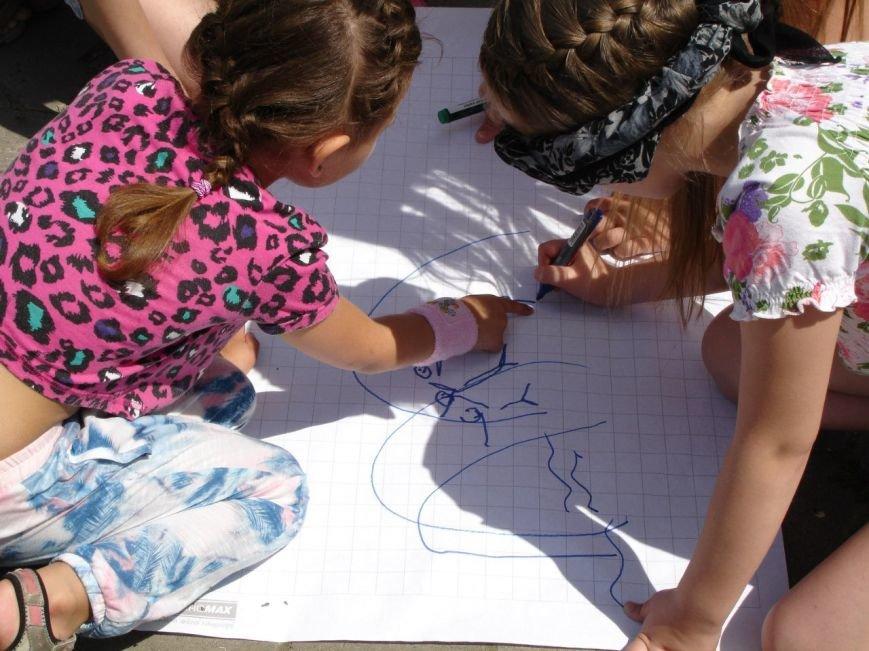 Фотофакт: як діти допомагали дітям, фото-3