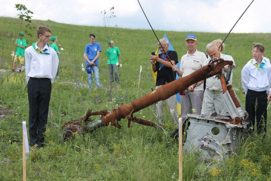 """У Пришибі відбулось відкриття меморіалу загиблим над Слов'янськом льотчикам """"Скорботний янгол"""", фото-8"""