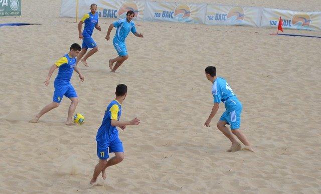 Пляжний футбол-3