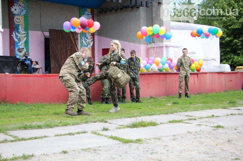 У Кременчуці діти військових АТО створили для свої татусів надзвичайні обереги, фото-4