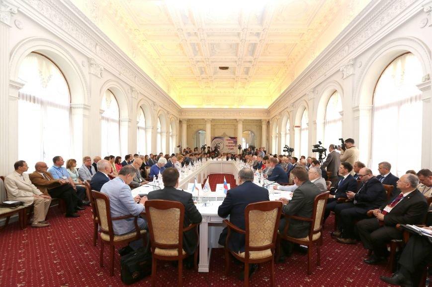 Аксёнов поддержал предложение Матвиенко придать Ливадийскому форуму более высокий международный статус (ФОТО), фото-2