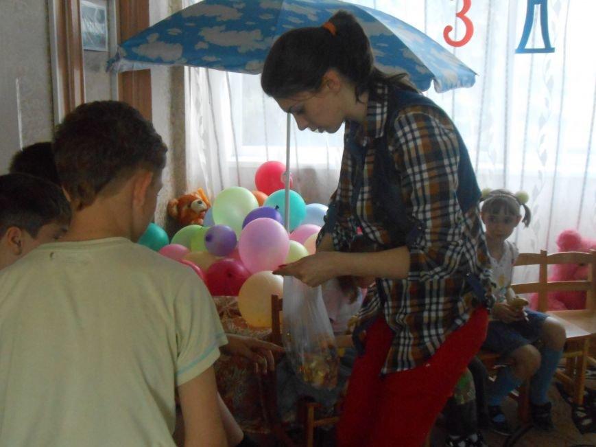 Православная молодёжь Доброполья подарила детям приюта праздник доброты, фото-2