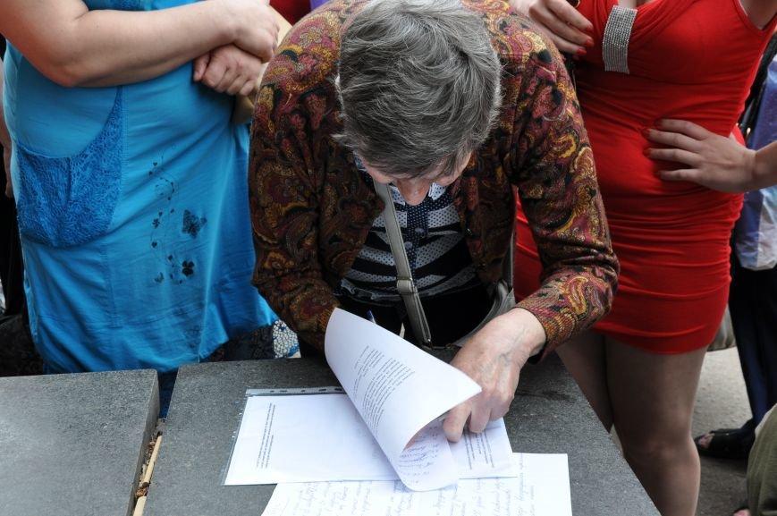 В Краматорске начался митинг переселенцев (ВИДЕО), фото-10