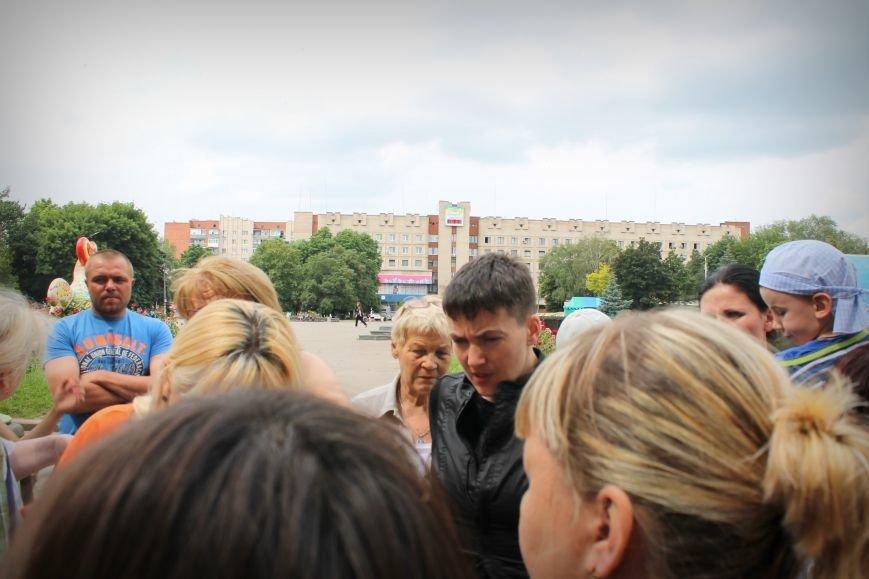 Надежда Савченко приехала в Славянск (ВИДЕО), фото-1