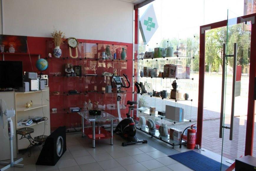 """В луганских магазинах """"Выкуп"""" торгуют отжатыми вещами из брошенных квартир (ФОТО), фото-5"""