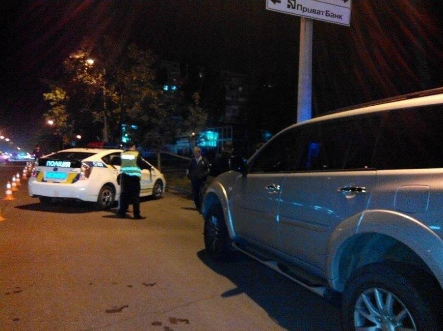 В  Запорожье из гранатомета обстреляли шашлычную (ФОТО), фото-1