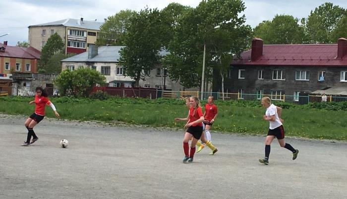 Юные футболисты Южно-Сахалинска провели товарищеские матчи, фото-2
