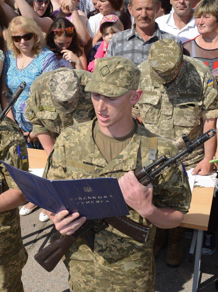 Полторы тысячи призывников приняли присягу в Черниговской области, фото-5