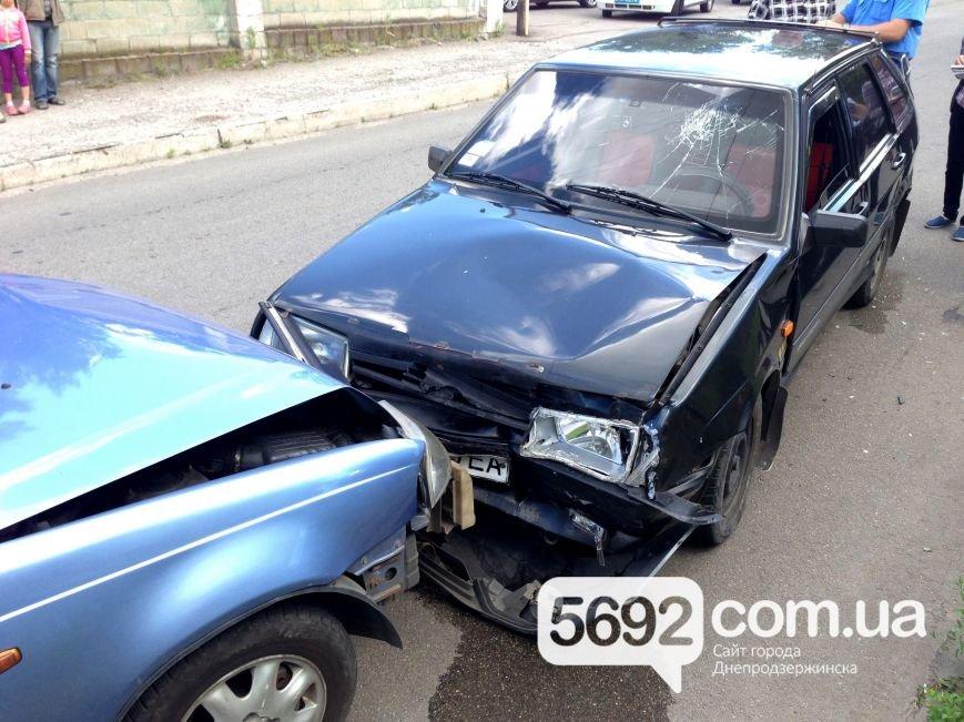 ДТП в Каменском: пьяный водитель устроил лобовое столкновение, фото-1