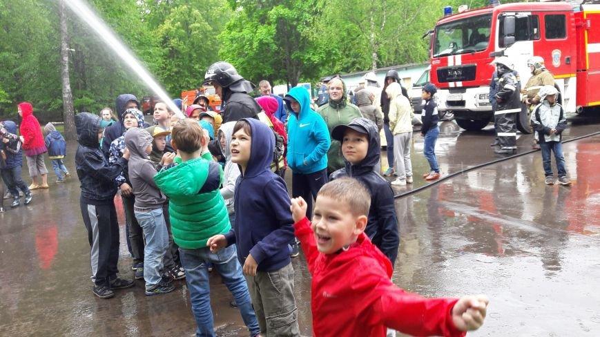 В Роговском поселении прошёл детский праздник, посвящённый году Пожарной охраны, фото-1
