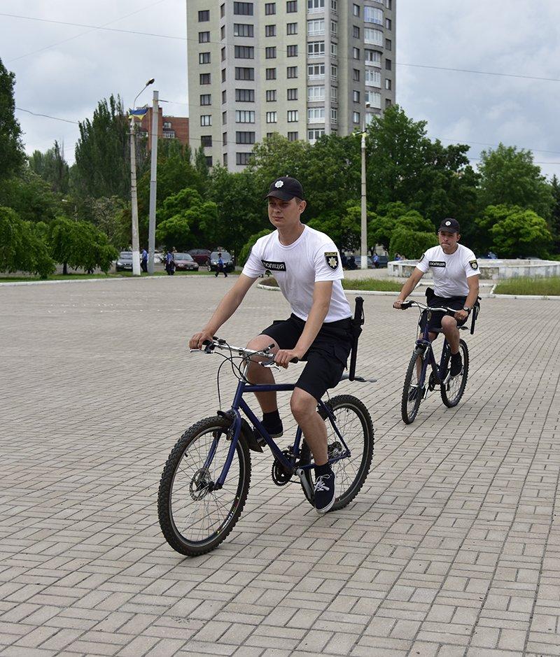 В Мариуполе до 10 человек в день обращается за помощью к велопатрулю (ФОТО), фото-3