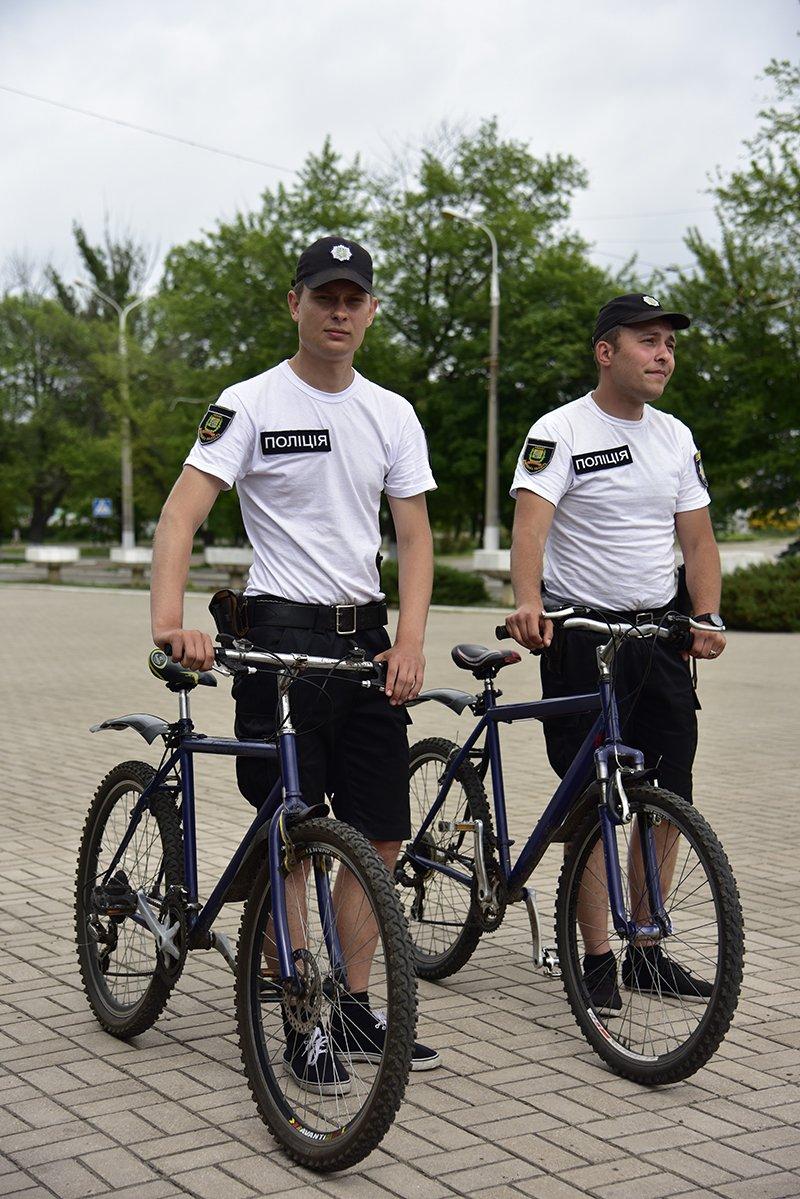 В Мариуполе до 10 человек в день обращается за помощью к велопатрулю (ФОТО), фото-4