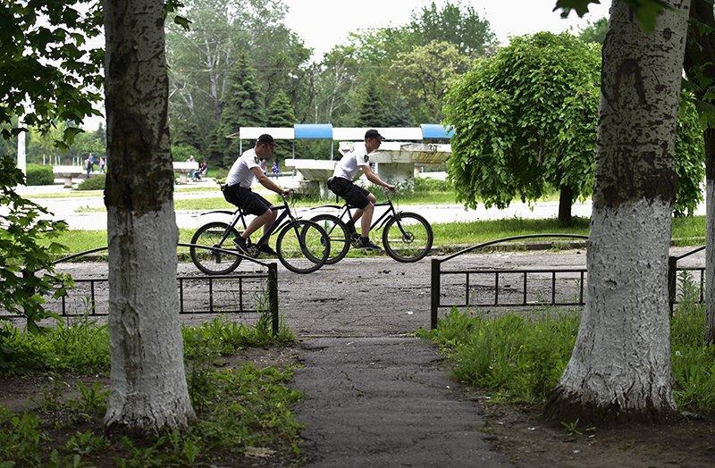 В Мариуполе до 10 человек в день обращается за помощью к велопатрулю (ФОТО), фото-2