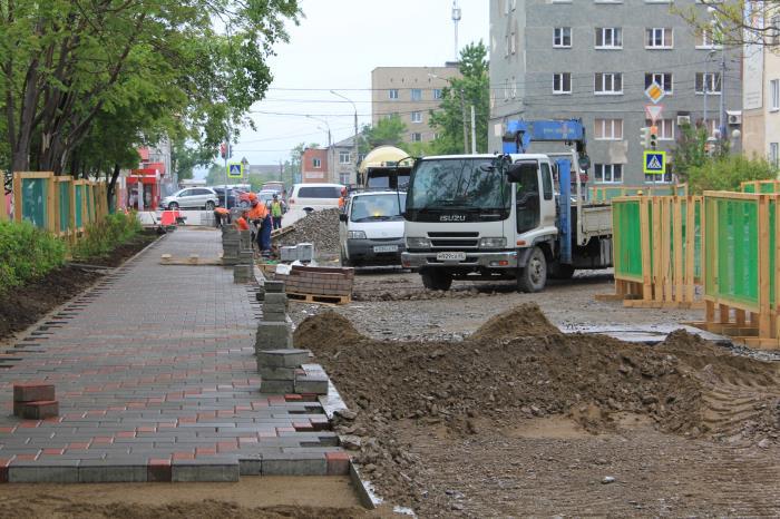 Продолжаются работы по реконструкции дорожной сети Южно-Сахалинска, фото-4