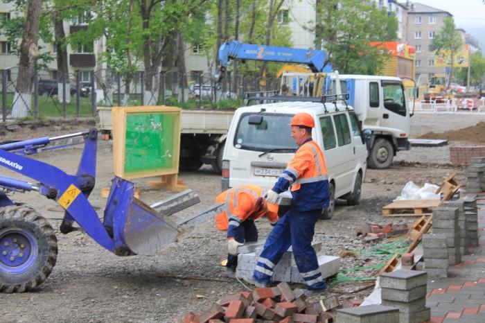 Продолжаются работы по реконструкции дорожной сети Южно-Сахалинска, фото-5