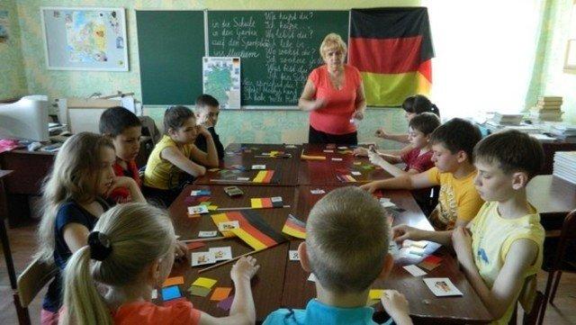 В Бахмуте начал работу языковой пришкольный лагерь, фото-2