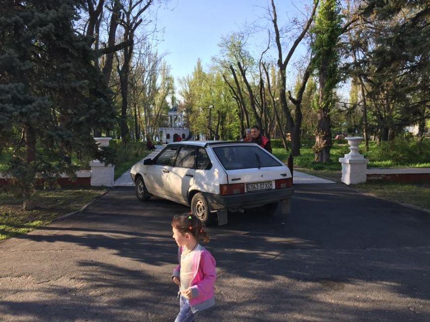 """""""Герои"""" паркования в Новой Каховке (фото), фото-8"""