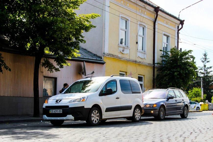 У Чернівцях по вулиці Гагаріна сталася ДТП, фото-3