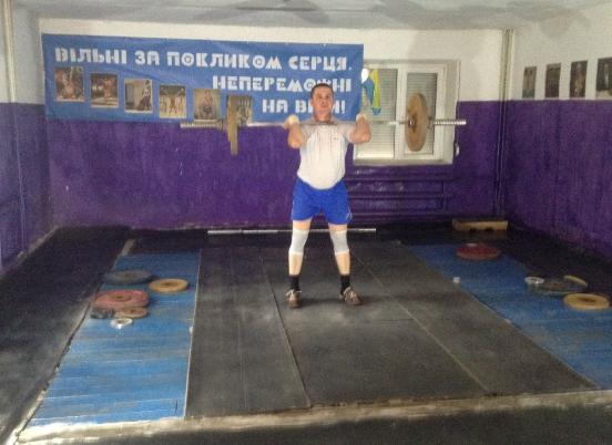 Команда из Покровска (Красноармейска) взяла золото на соревнованиях по тяжелой атлетике, фото-1