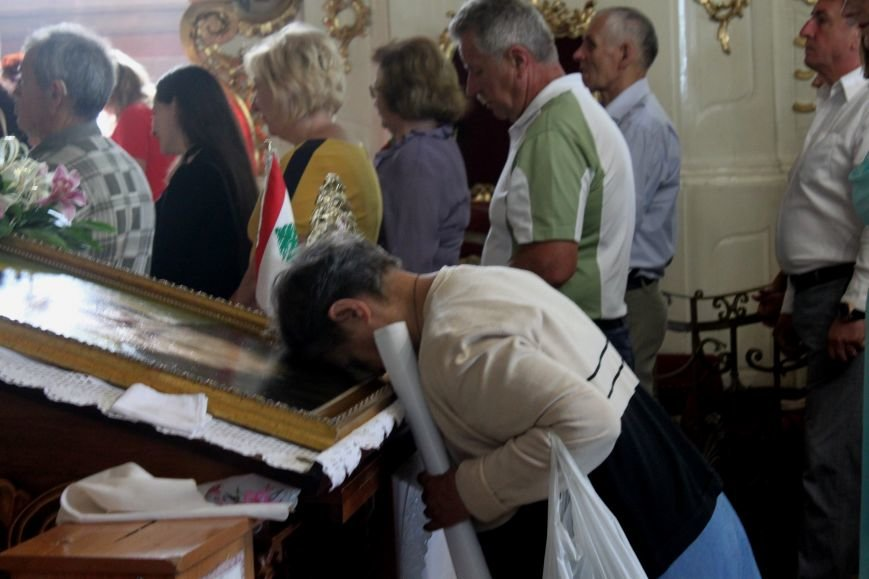 До Ужгорода привезли мощі Святого чудотворця Шарбеля: фото, фото-6