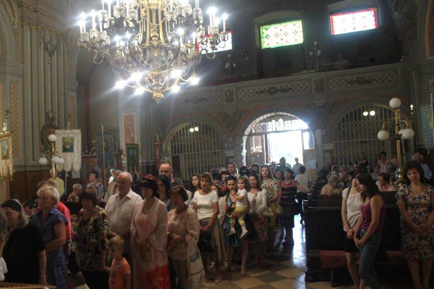 До Ужгорода привезли мощі Святого чудотворця Шарбеля: фото, фото-11