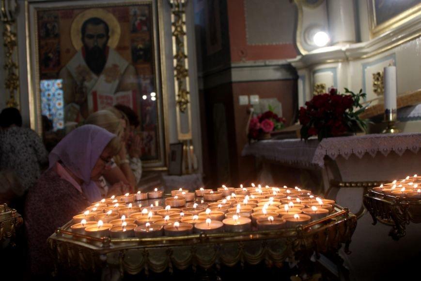 До Ужгорода привезли мощі Святого чудотворця Шарбеля: фото, фото-8