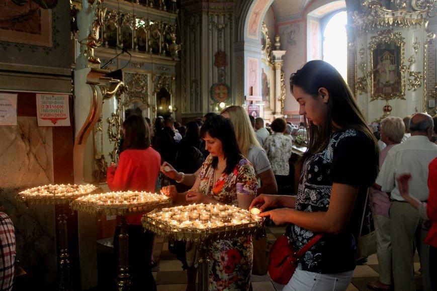 До Ужгорода привезли мощі Святого чудотворця Шарбеля: фото, фото-5