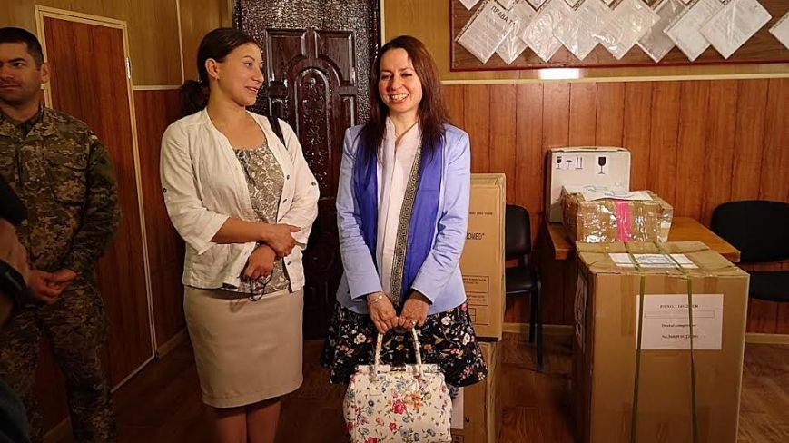 Госпиталю под Мариуполем передали оборудования на 150 тысяч гривен (ФОТО+ВИДЕО), фото-4