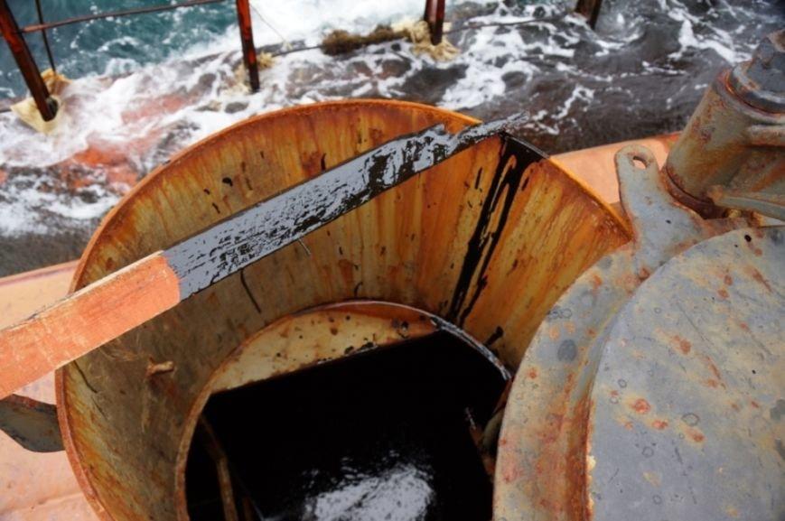 """Сахалинских экологов беспокоят незавершённые работы на аварийном танкере """"Надежда"""", фото-2"""