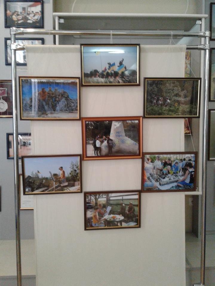 """В Винницу привезли выставку """"Мариуполь между войной и миром"""" (ФОТО), фото-6"""