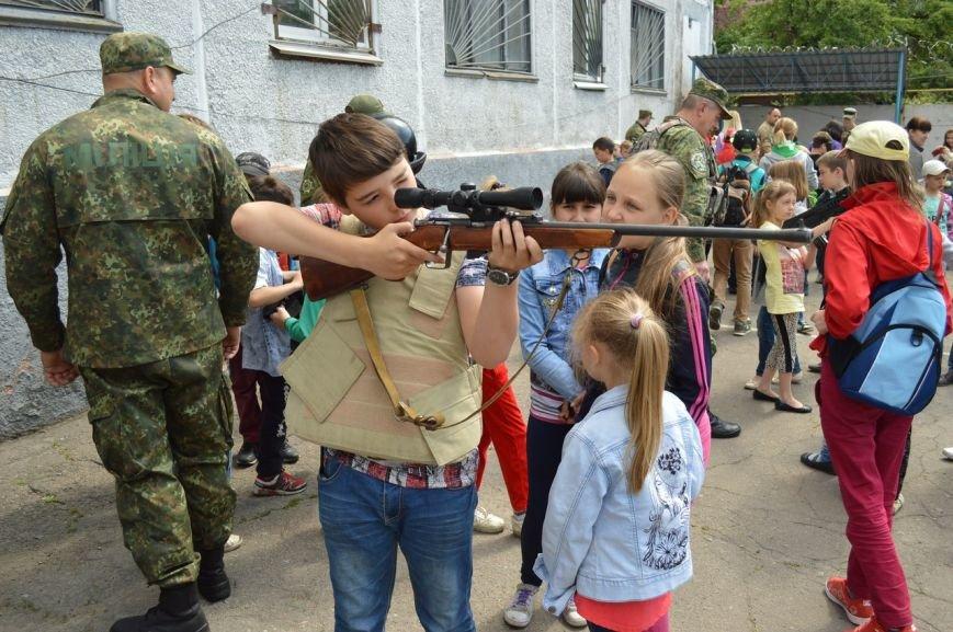 Покровские (красноармейские) школьники ощутили мощь оружия в руках, фото-2