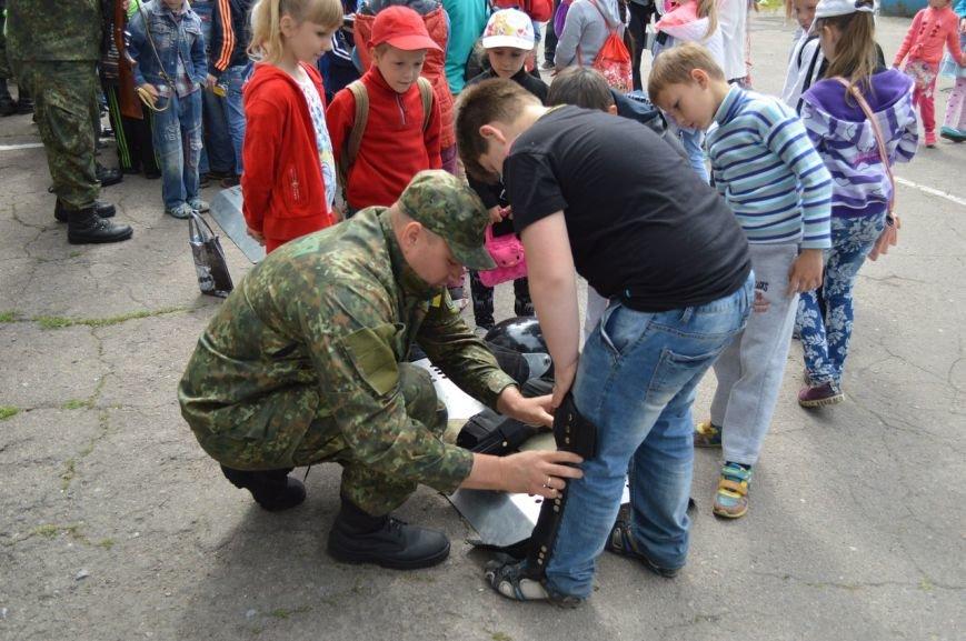 Покровские (красноармейские) школьники ощутили мощь оружия в руках, фото-3